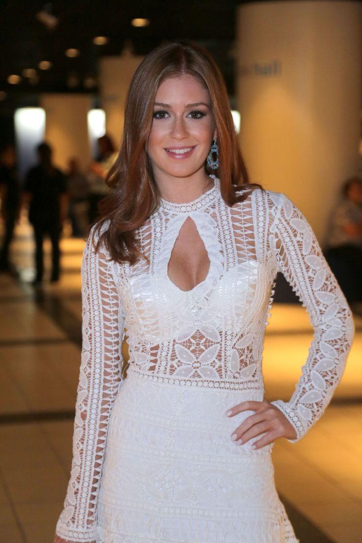 Marina Ruy Barbosa mechas loiras e bronzeada para novela das sete