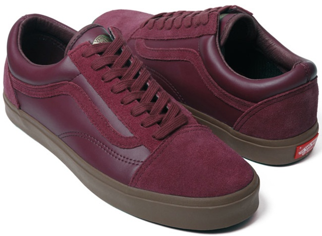 old skool vans burgundy chukka
