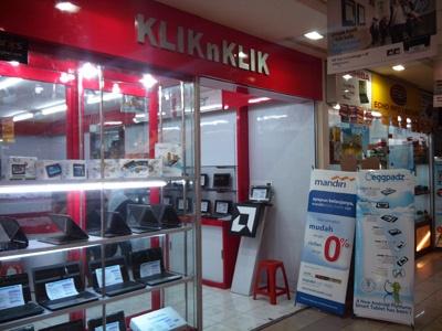 KLIKnKLIK Mangga 2 Mall  Jl. Arteri Mangga 2  Mangga 2 Mall Lt.3 no 5B  Telp : 021-6012504 / 021-30006133  Setiap Hari  Pukul 10.00 s/d 19.00 WIB