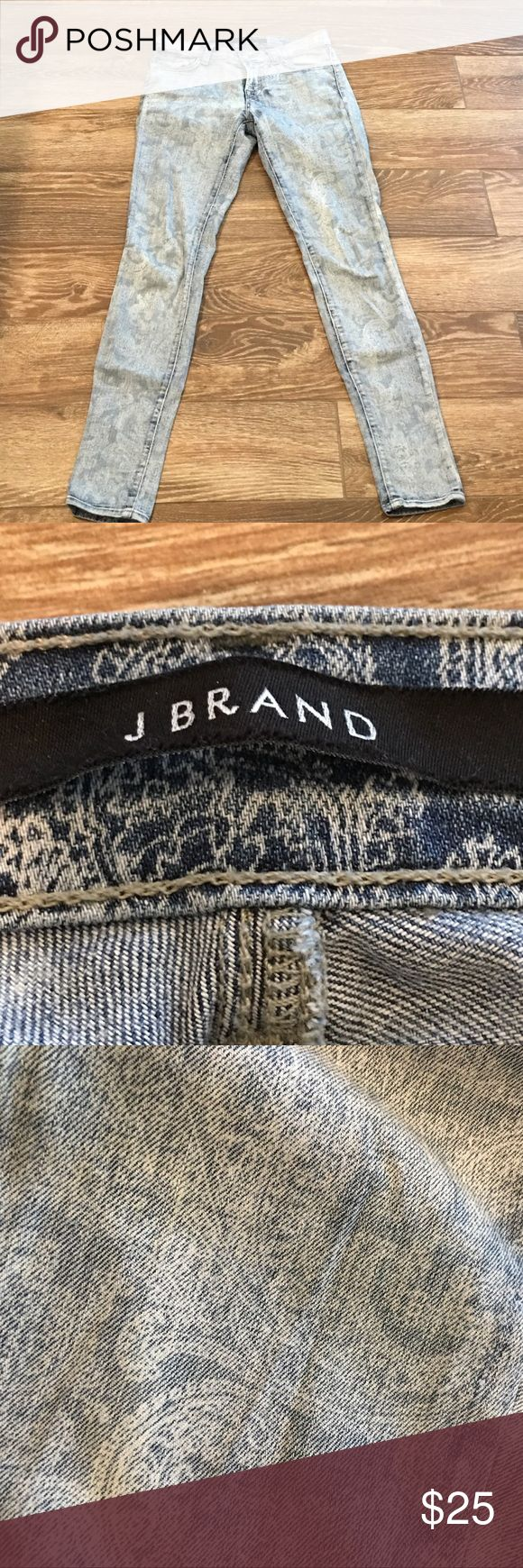 """J Brand skinny jeans J Brand light wash paisley skinny jeans. Gently worn. Purchased at Nordstrom's. Inseam approx 29"""" J Brand Jeans Ankle & Cropped"""