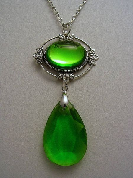 Witches of East End Wendy's Sterling Silver Oxidized Finish Green Necklace