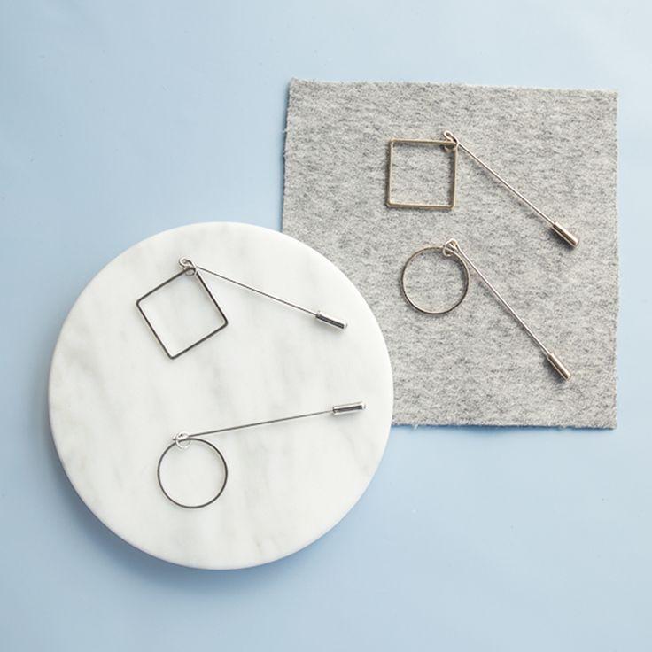 Мода женщины мужчины ювелирные изделия простой дизайн латунь металлический круг площадь геометрическая палка контактный брошь купить на AliExpress