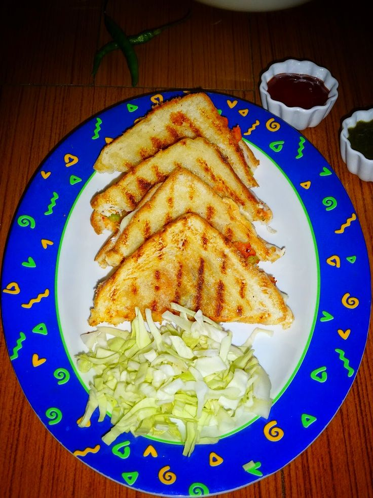 Aloo Veg Masala Cheese Grilled Sandwich Today I'm sharing yet another all time favorite and one of the most preferred #sandwich in our home. I love exploring and adding new ingredients to make a sandwich healthy, colorful, nutritious and tasty. #indianrecipes #indianfood #grilled #masalasandwich #vegsandwich