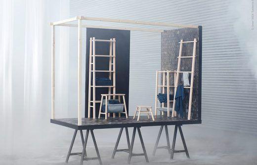 <p><strong>De trärena plywoodlådorna PRÄNT med sina fina detaljer inspirerade oss till att göra en lekfull hylla i kubismens anda! Olika lådformat gjorde det lätt att bygga upp en oregelbunden form, som är en av de stora hylltrenderna just nu.</strong></p> <p>För att få stabilitet i hyllan fäste vi sektionernna både i sid- och höjdled med enkla svarta plåtklämmor som bidrog till helhets-uttrycket. Voilà, en hyllning till PRÄNT!</p> <p>&...