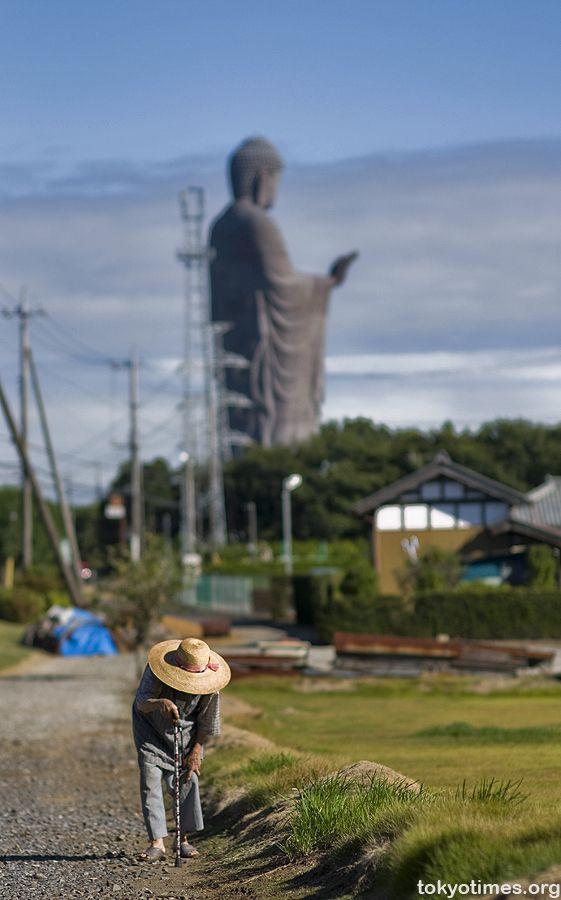 Ushiku Daibutsu (big Buddha) Ibaraki Japan