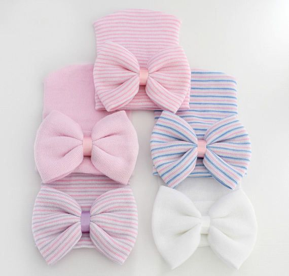 Baby Hat with Bow Baby Girl Hospital Hat with Bow Pink Baby Hat with Bow Beanie with Bow Pink Baby Hospital Hat Baby Hat with Flower ****************************************************************************************************** The only newborn hat that will fit and stay on your newborn baby right after birth! A must have baby accessory to pack in your hospital bag!  This cute little hat will fit and stay on your newborn baby right after birth! My hats are super soft and stretchy…