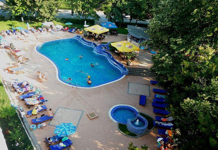 Hotel Sunquest, #Romania, #Constanta, #StatiuneaVenus #MareaNeagra #DescoperaRomania #Cazare #Hotel #OfertaCazare #Dobrogea  Situat in partea de nord a statiunii Venus, la aproximativ 200 metri de plaja si la numai 5 minute de mers pe jos de centrul statiunii. Complexul Turistic Sunquest este locatia unde sunteti intotdeauna bineveniti pentru a petrece o vacanta placuta pe litoralul romanesc.  http://shift-tour.ro/pensiuni-dupa-regiune/dobrogea/77-hotel-sunquest