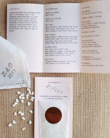 Programa de boda con bolsita con arroz