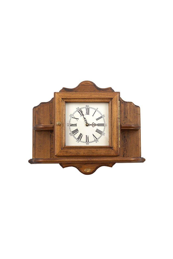 Часы настенные с полками. Материал: Антикварное дерево http://oneclub.ua/chasy-23905.html#product_option716