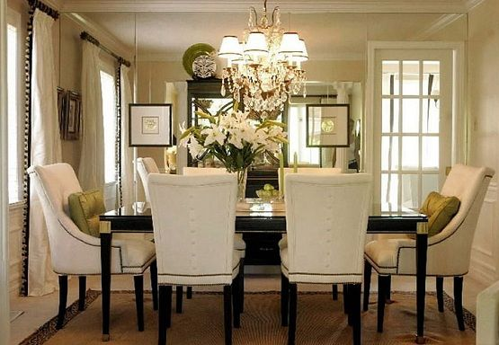 Chandeliers for dining rooms – The basic things when choosing chandeliers for dining rooms on black and white furniture – Home Interiors