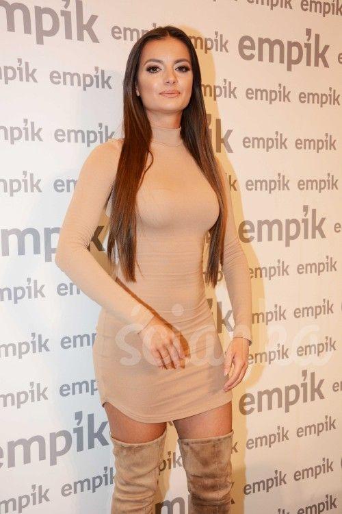 Natalia Janoszek - bollywoodzka bogini Ścianka<