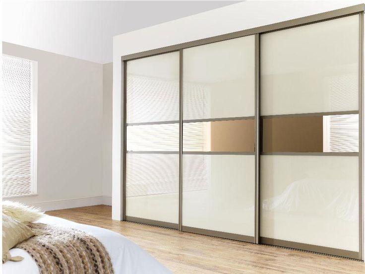 Шкаф-купе с белым стеклом и бронзовым зеркалом - Командор дизайн.