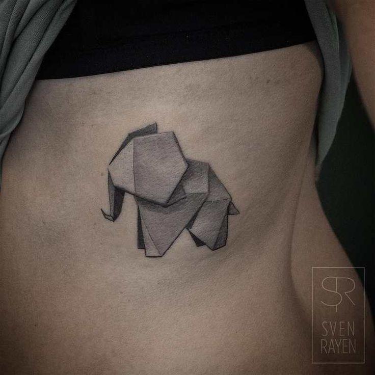 Une sélection des magnifiquestatouages de l'artiste et tatoueur belgeSven Rayen, qui imagine des animaux géométriques, ou même des dinosaures, avec un s