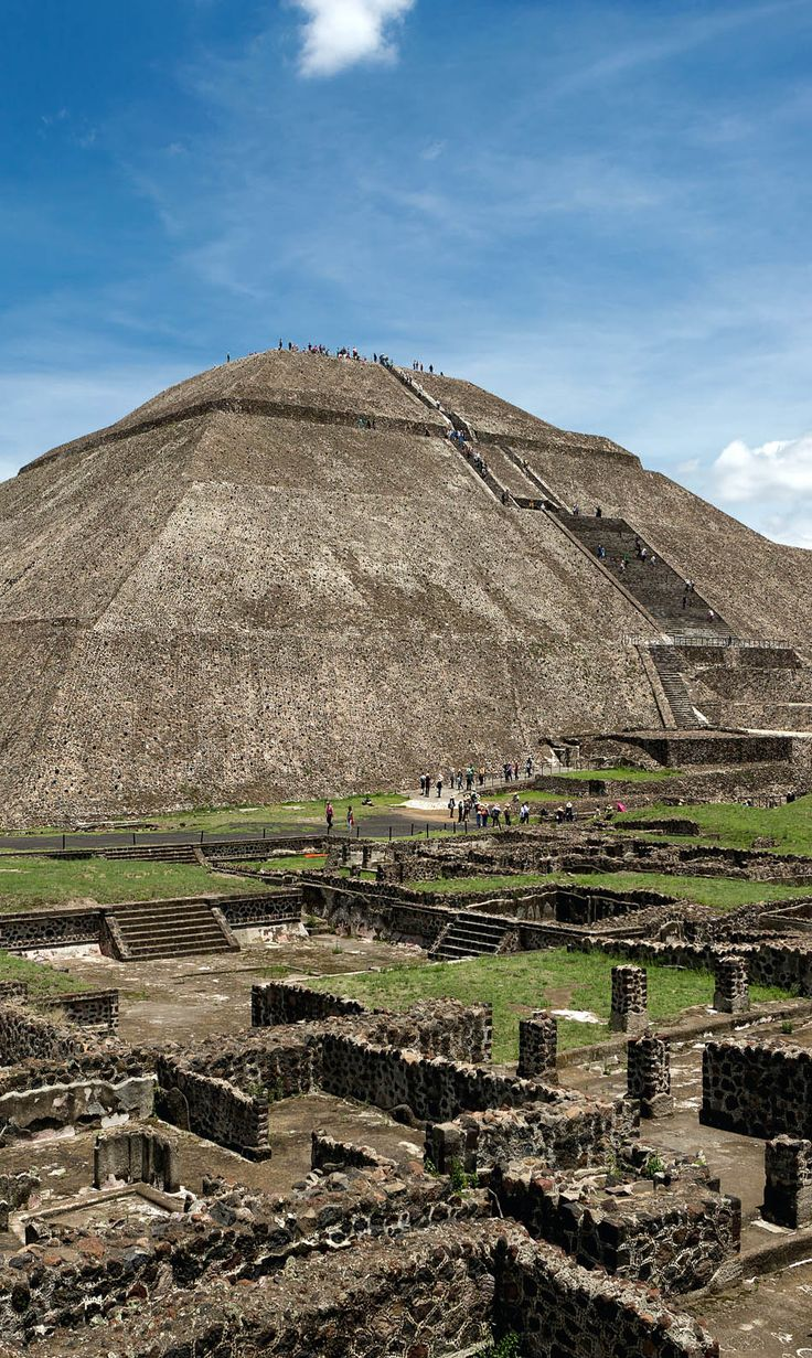 The pyramid of the Sun in Teotihuacanthe, world's third largest pyramid, Mexico | 10 Useful Things you Must know Before Traveling to Mexico, an Exciting and Challenging Destination