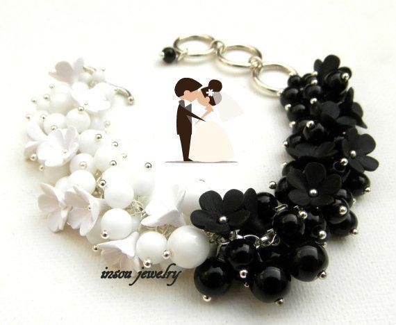Black White Flower Bracelet Wedding Bracelet by insoujewelry