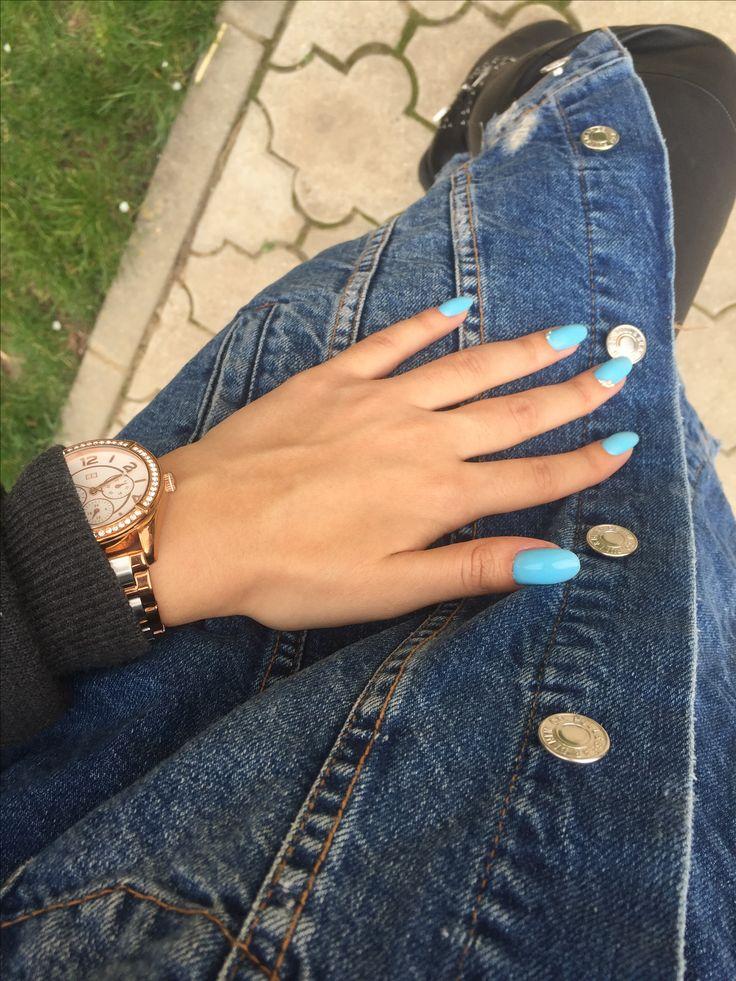 #bluenails #jeansjacket #oversize #leather #pants