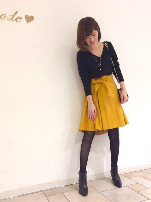暗くなりがちな秋冬に 映えるマスタードイエローのスカート✨ 31filles blog♡ http