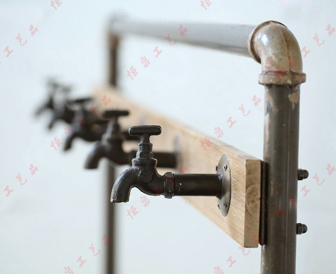 Nordic American Country Industrial Pipes Iron Coat Rack Floor Display Vintage Clothing And Shoes