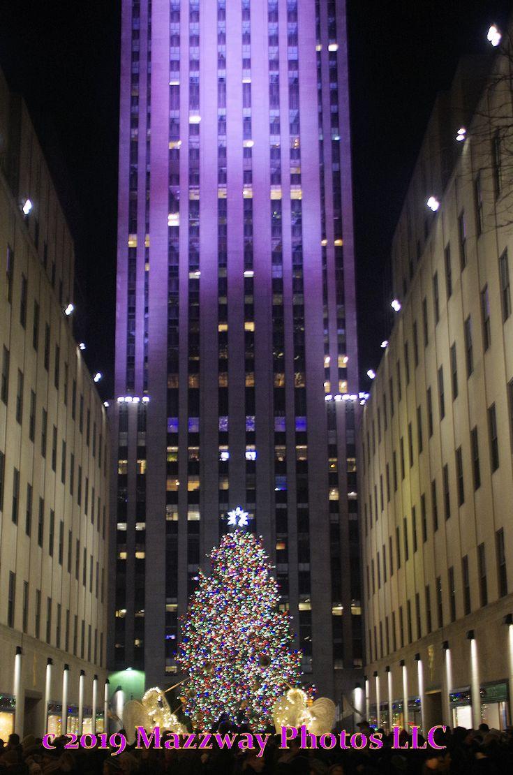 Christmas Tree at Rockefeller Centre in 2020 Skyscraper