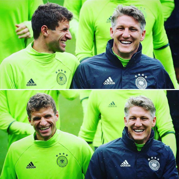 Thomas Müller, Bastian Schweinsteiger #EURO2016 #GER #DieMannschaft #Deutschland #Germany