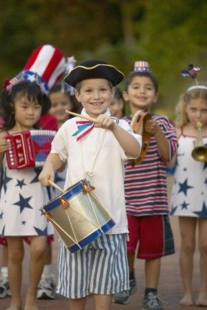 Teaching Children About Independence Day - Moody Mama Says