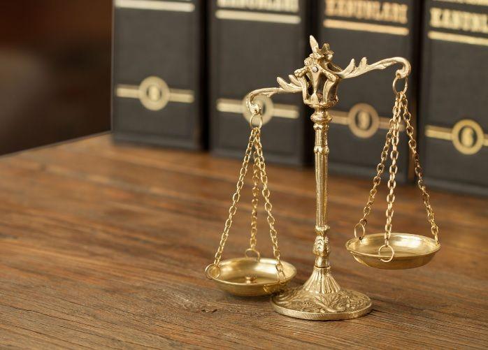 نموذج دعوى أعادة الحال الى ماكان علية استشارة قانونية Lawyer Place Card Holders Senior Living Communities