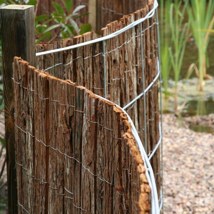 Mit dem Montagegitter Valencia können Sie Sichtschutzmatten aus Naturmaterial oder die Sichtschutzmatten Rügen aus Kunststoff schwungvoll montieren. Die Gitter selbst werden zwischen Pfosten (Metall oder Holz) geschraubt. Die...