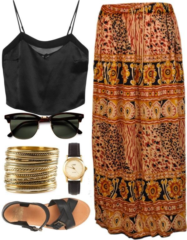 Boho folk maxi skirt, black sandals, black shirt blouse                                                                                                                                                                                 Más