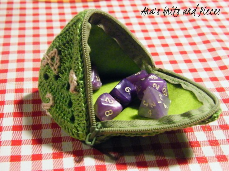D4 Dice Pouch https://www.etsy.com/listing/241425551/d4-dicecoin-pouch