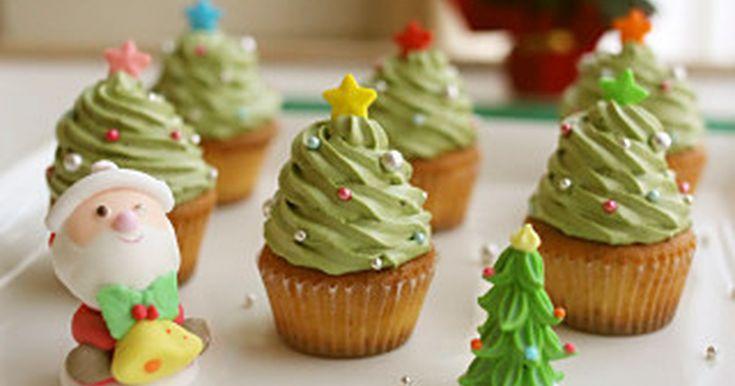 カップケーキが簡単にクリスマス仕様に♪ クリスマスパーティーにも最適! 子供も大喜びです★