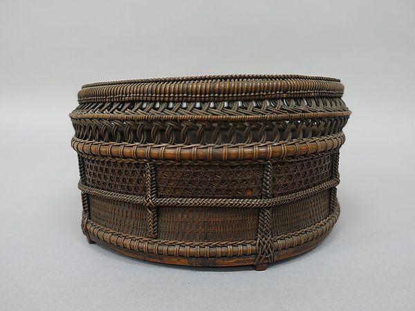 Chinese-Style Charcoal Basket (Sairō-sumitori) for Sencha Tea Ceremony, Timber bamboo, dwarf bamboo, and rattan, Japan