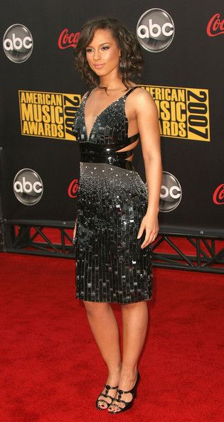 Alicia Keys Beaded Dress - Talk about somkin'! Alicia Keys hit up the red carpet with some serious heat in a bead encrusted cutout dress.