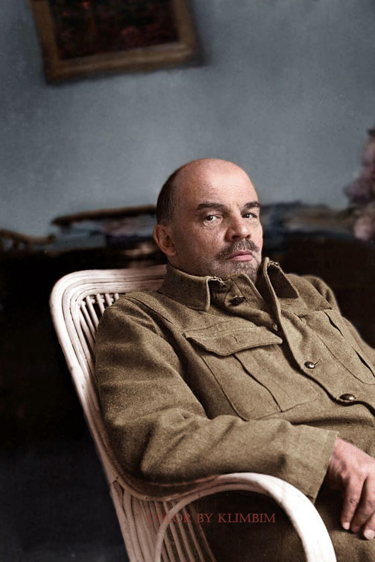 Владимир Ильич Ульянов (псевдоним Ленин; 22 апреля 1870, Симбирск — 21 января 1924, усадьба Горки, Московская губерния)  (800×1200)