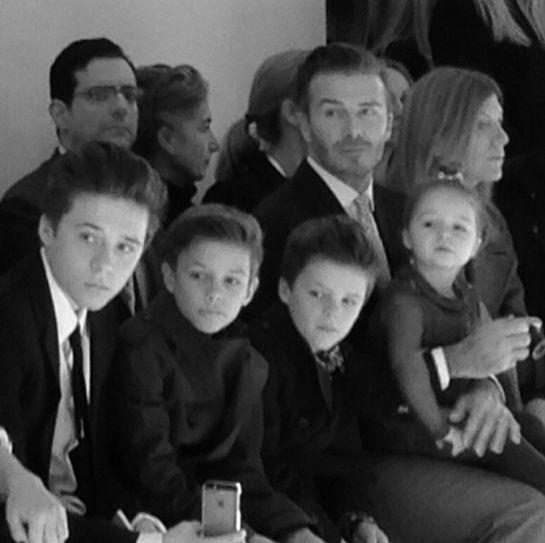 La Famille Beckham assiste au défilé Victoria Beckham lors de la Fashion Week de New York automne-hiver 2014-2015