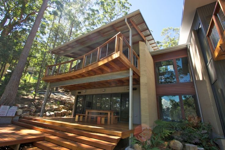 Modern Wood Balcony and Balustrade - Pacific Palms NSW