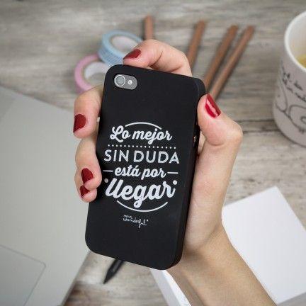 """Carcasa en negro para iPhone 4 y 4s. """"Lo mejor sin duda está por llegar"""". Se venden en: www.mrwonderfulshop.es #carcasa #iphone #funda"""