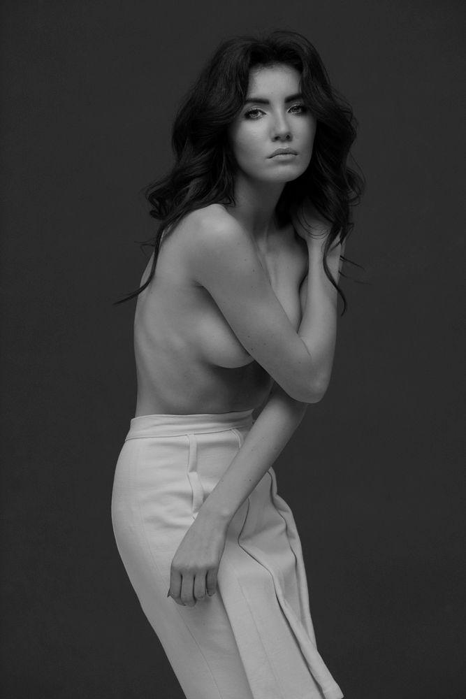 model: Maria Marks