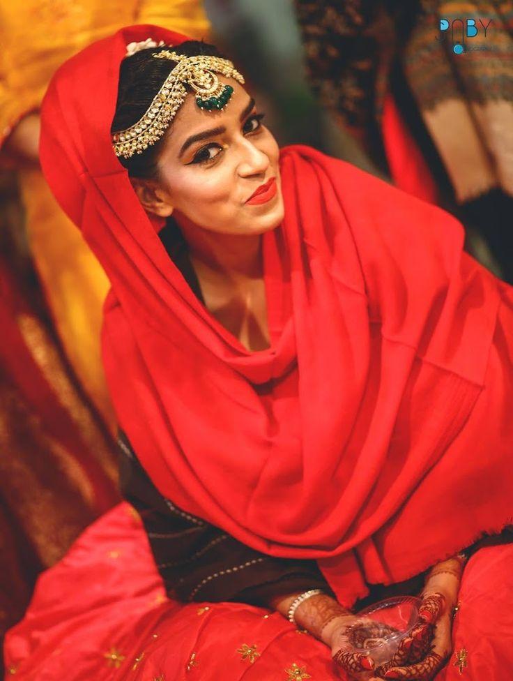 Good tikka!Photo by  Virago Photoworks, Ghaziabad  #weddingnet #wedding #india #indian #indianwedding #weddingdresses #mehendi #ceremony #realwedding #lehenga #lehengacholi #choli #lehengawedding #lehengasaree #saree #bridalsaree #weddingsaree #photoshoot #photoset #photographer #photography #inspiration #planner #organisation #details #sweet #cute #gorgeous #fabulous #henna #mehndi