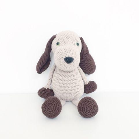 Dit schattige hondje komt uit het boek Christel's Knuffels  van Christel Krukkert. Ik vind het een schattig boek e...