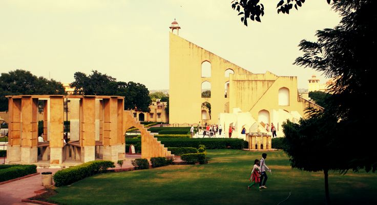 jantar mantar at jaipur india that have astronomical insturments observatory build by king of jaipur read more info at www.amerjaipur.in