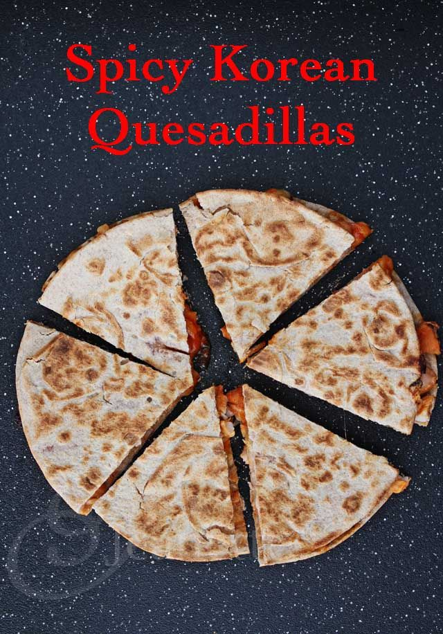 Spicy Korean Chicken Quesadillas © Jeanette's Healthy Living #tailgating #gameday #appetizer