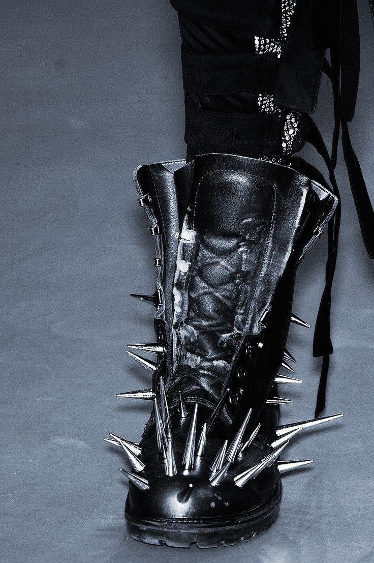 .: Spikes Boots, Fab Shoes, Fashion Shoes, Shoes Boots, Kickass Shoes, Girls Boots, Boots Rocks, Big Girls, Heavy Metals