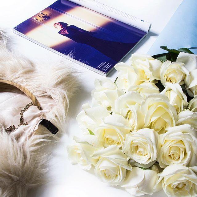 🇨🇿🇬🇧🇷🇺K jaké příležitosti dostáváte nejčastěji kvetiny?  On what occasion do you usually get flowers? 🎁💐#coat #instaflower #rosebouquet #Flowers #marieclaire #instaprague #Madeinczech #prague #bouquet #gentleman #букет #bukett #pragueboy  #glamourflowers  #redroses #jewel  #darekproni #pragueflowers #prague #czech  #kytkuhned #eshoppraha #turnmeup #букетыпрага #kytice