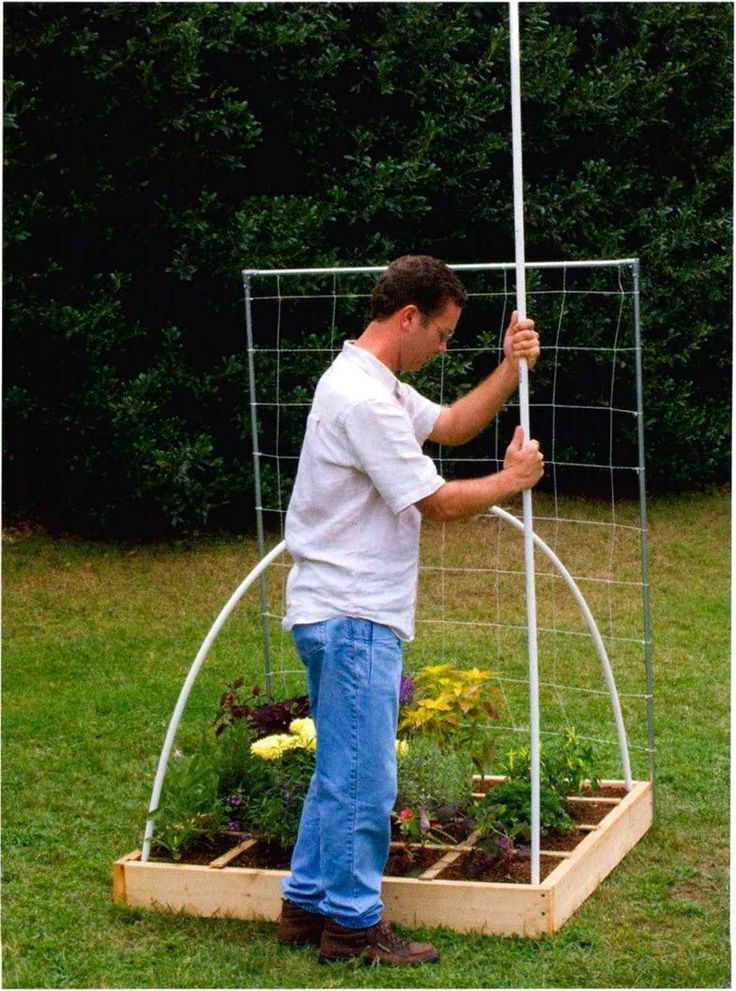A dome support is so easy to make. Just bend a 10foot