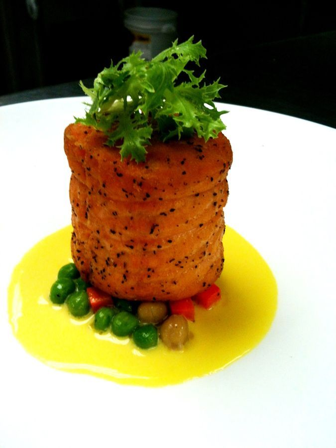 Best 20 salmon roulade ideas on pinterest gourmet food for Smoked salmon roulade canape