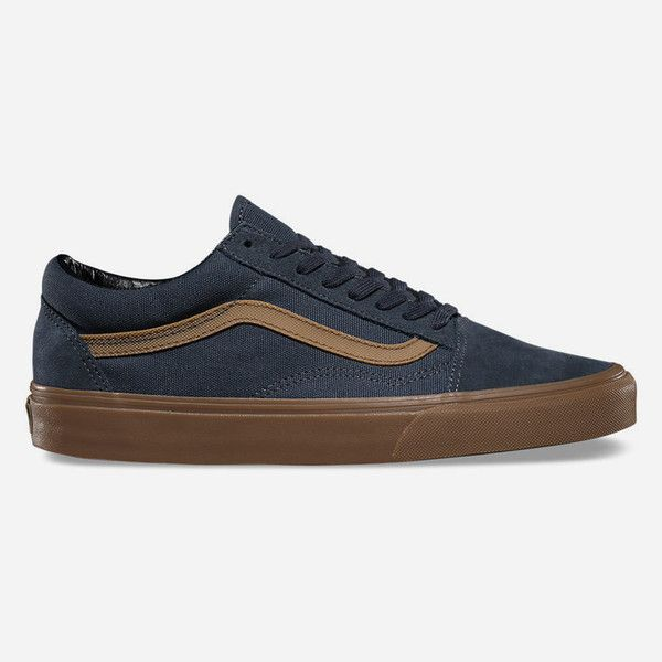 Vans Gum Sidestripe Old Skool Shoes ($55) ❤ liked on Polyvore featuring men's fashion, men's shoes, men's sneakers, ebony, mens canvas sneakers, mens lace up shoes, mens cap toe shoes, mens skate shoes and low top