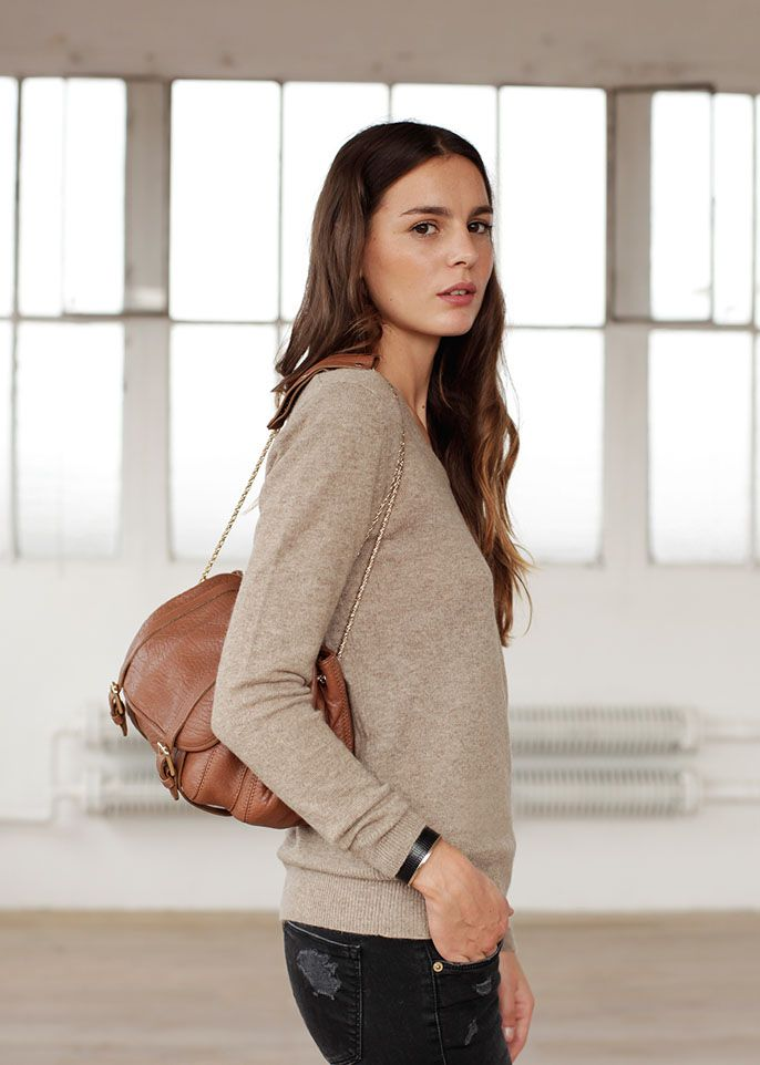 Pull Wonder & Pola camel SÉZANE by Morgane Sézalory: Pola Camels, Camels Sweaters, Camels Sézane, The Novelty, Mode Beauté, Http Www Sezan Com Fr E Shops, The Journals, Les Composantessezan, Pola Bags