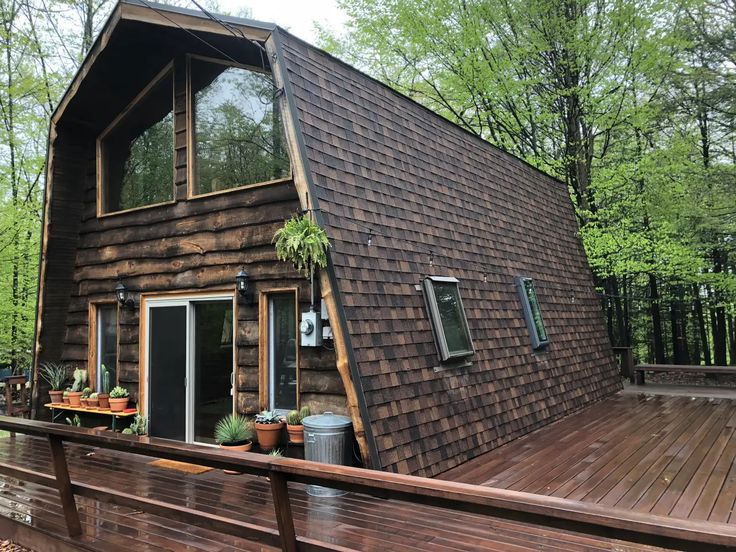 Little lake barn by camp caitlin cabins for rent in