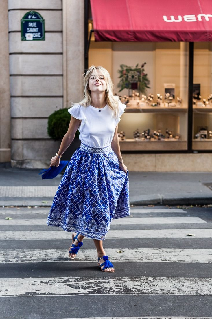 Cute skirt! / Fashion / Style / Blue and White / Outfit /