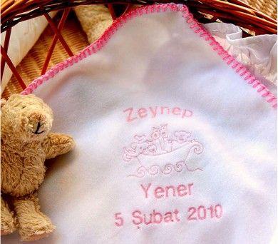 Polar bebek battaniyesi yumuşacık yapısı ile çok kullanışlı.
